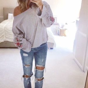 NWOT Lush embroidered sleeve sweatshirt Small